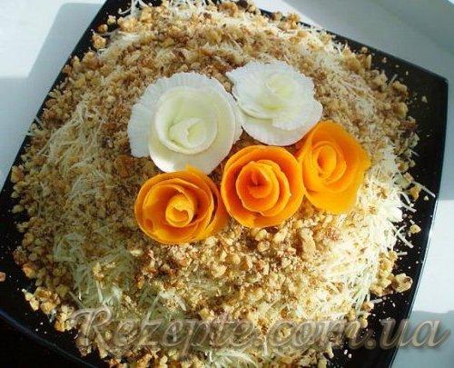 Салат с курицей Розы