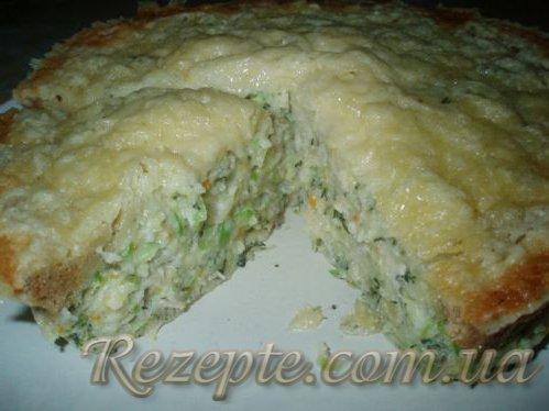 Пирог из кабачков с курицей