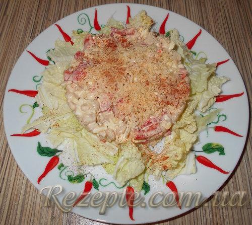 Салат из белой фасоли с курицей