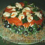 Салат из телятины, грибов и орехов