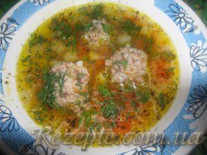 Суп с гречневыми колобками