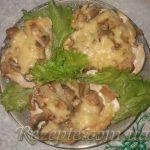 Запечённое куриное филе с грибами