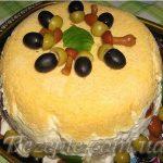 Салат со скумбрией Жёлудь
